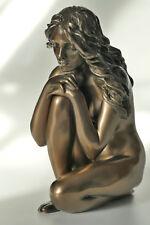 frau,akt,bronziert,12,5x5,5x8cm,figur,erotik,statue,frauenakt,polyresin,hockend