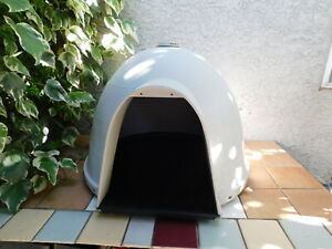 Dogloo for medium size dog house**** LOCAL PICKUP ONLY****