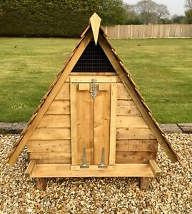 Large/Robust Chicken/Duck Coup B/ New - Fit Up To 6 Chickens/Ducks made to order
