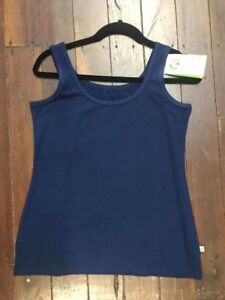 NEW LADIES BAMBOO TEXILES LOLA SINGLET IN NAVY OR RED SIZES 8 TO 20