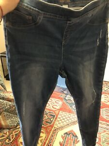 NWOT Justice Girls Size 20 Plus Pull-On Jean Leggings Distressed Med Wash