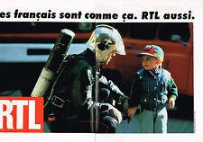 PUBLICITE ADVERTISING 025  1993  RTL radio   ( 2p)  pompier