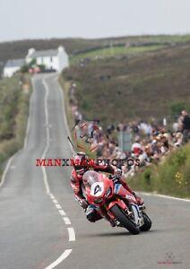 Ian Hutchinson 2018 Isle of Man TT Senior Race A4 size photo