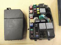 FORD MONDEO MK3 2.0 2.2 TDCI ZETEC GHIA ENGINE BAY FUSE RELAY BOX COVER LID
