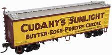 """ATLAS MODEL RAILROAD 36' WOOD REEFER CUDAHY'S """"SUNLIGHT"""" #8742 HO SCALE"""