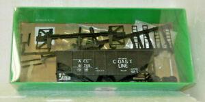 Bowser HO Scale Atlantic Coast Line Twin Bay Hopper kit