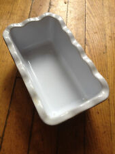 Smile Henry small cassarole bakeware Blue and White