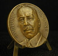 Medal Homme Political French Paris Rich D'Andigné Marquis 1920 Medal 勋章