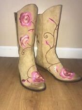 EUC 7.5 Lucky Brand Cowboy Boots Embroidered Floral Tan Comfy Low Heel Boho Rare
