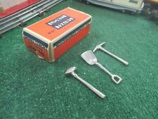 LIONEL PREWAR 812T TOOL SET 1930-41 WITH ORIGINAL BOX EXCELLENT CONDITION