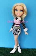 Bratz World Familiez Cloe's Big Sister Sonya Doll W Fashion Outfit & Boots RARE