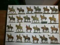 Konvolut 24 alte Papier/Holz Soldaten Preussen Kavallerie Lanzenreiter bis 14cm