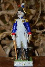 Statuette, Figurine en porcelaine Capodimonte. Napoléon. 19 ème.