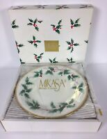 "Mikasa Bone China Ribbon Holly Set of 4, 8"" Salad Plates Open Box"