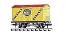Peco NR-P140 Refridgerated Van Fyffes Bananas, Yellow 'N' Gauge New Boxed