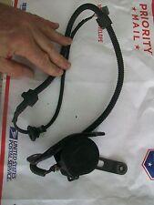 96 97 98 99 LEXUS LS400 Rear Height Sensor Auto Level 89406-50040 3 PIN #T411