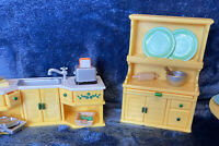Sylvanian Families Calico Critters Kitchen Cupboard With Hutch, Sink & Table++