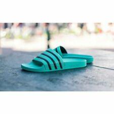 Sandales et tongues verts adidas pour homme