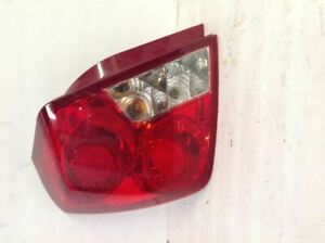 2006 Suzuki Forenza Left(Driver) Side Tail Light