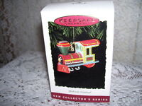 HALLMARK ORNAMENT YULETIDE CENTRAL 1994 #1 MIB