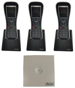 Auerswald COMfortel WS-400 IP Base Pack 1x DECT Server 3x Handset 3x Ladeschale