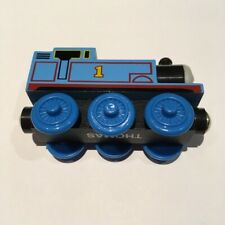 5-Pack Thomas The Tank Engine Solid Wooden w/Magnet Connecter