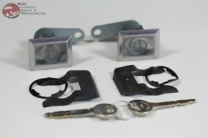 81-82 Ford Thunderbird Door Lock Cylinders Square Face Keys New