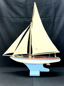 Vintage Wood WONG'S Sailboat Pond Yacht Metal Keel Intact & Exc Cond!