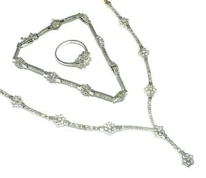Ladies stunning 14ct gold necklace, bracelet, ring and earring combination set
