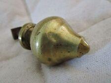 ancienne poignée-bouton  de meuble-commode-en bronze