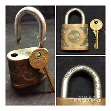 THE YALE & TOWNE MFG CO Padlock BRASS Vintage Old Lock WITH KEY Works (FF10)