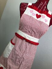 Woman Vintage Halter Apron Red And White F128 Hearts Valentines Retro Style