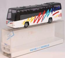 "Bus Rietze 64601 Volvo B12-500 ""Ab jetzt Volvo"" Reisebus 2001"