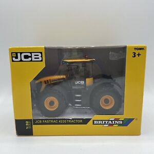 Britains JCB Fastrac 4220 Tractor  1:32 Collectible New Boxed