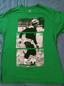Bob marley soccer shirt used green Large zion rootswear