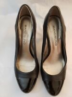 Women's Bandolino Black Leather Pumps w/Patent Toe and Heel - Size 5.5M