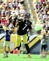 """Ben Roethlisberger Pittsburgh Steelers NFL Action Photo (Size: 8"""" x 10"""")"""