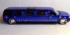 DONALD TRUMP EXECUTIVE COLLECTION LINCOLN NAVIGATOR LIMOUSINE, 1/24 SCALE, BLUE