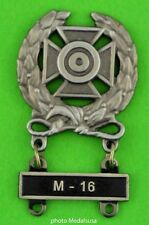 Army Expert Marksmanship Badge with  M-16 Qualification Attachment Bar