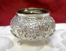ANTIQUE STERLING SILVER 800 REPOUSSE FLORAL OPEN SALT CELLAR DISH 36.1 GRAMS