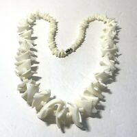 """VINTAGE Chunky WHITE SHELL Chip Bead NECKLACE Ridged 23"""" Graduated Size"""