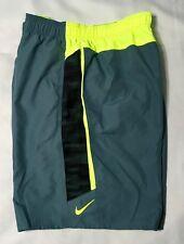 4263f5ae46 Nike MENS 9