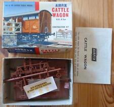 Airfix HO & OO Gauge Cattle Wagon B.R. 8 Ton