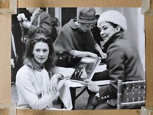 Vanessa Redgrave with Margot Fonteyn original candid photo 1969 Isadora
