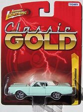 JOHNNY LIGHTNING FOREVER 64 R22 CLASSIC GOLD 1969 LINCOLN CONTINENTAL
