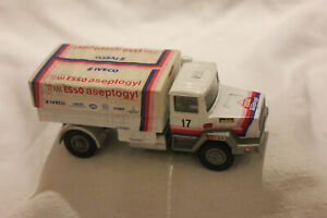 VÉHICULES MINIATURE N° 634 IVECO