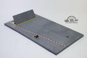 (Pre-Order) Carrier Deck diorama base 1:72 Pro Built Model