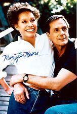 Rare Still TVs Dick Vandyke Mary Tyler Moore SIGNED COLOR