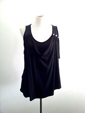 Individual Style! Body size XS black & teal top in excellent condition