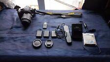 Nikon D3200 +  obiettivo 18-55mm f/3.5-5.6G VR + accessori